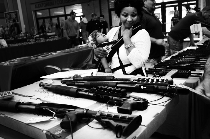 Gun Show In Forth Worth Attracts Gun Enthusiasts
